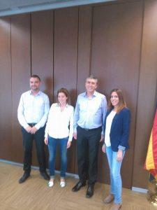 Concejales de Alternativa por Navajas con Rafael Climent conseller de economía